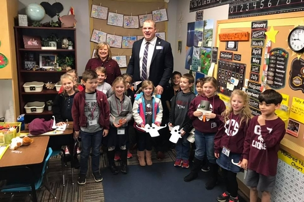 Mayor Glenn Jacobs and 1st Grade